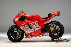 Новый мотоцикл Ducati Desmosedici GP9