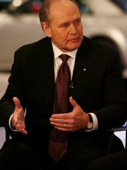 Robert Nardelli CEO Chrysler