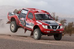 #327 Nissan Navara: Ivar Erik Tollefsen et Quin Evans