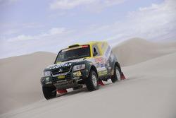 #319 Mitsubishi Pajero: Jean De Azevedo and Youssef Haddad