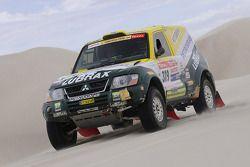 #319 Mitsubishi Pajero: Jean De Azevedo et Youssef Haddad