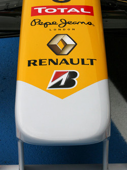 Renault R29: Frontflügel
