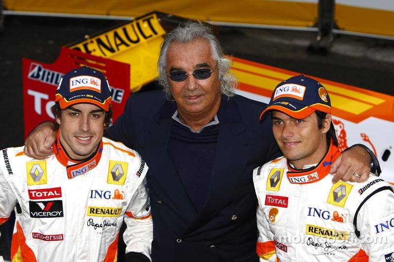 Fernando Alonso, Flavio Briatore ve Nelson A. Piquet ve yeni Renault R29