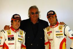 Fernando Alonso, Flavio Briatore and Nelson A. Piquet