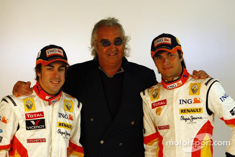 Fernando Alonso, Flavio Briatore y Nelson A. Piquet