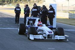 Robert Kubica, BMW Sauber F1 Team first installation lap