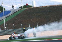Timo Glock, Toyota F1 Team s'arrête sur la piste dans la nouvelle TF109