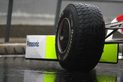 Toyota F1 Team, pneu pluie Bridgestone