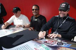 Leo Hindery Jr., Bill Lester et Kyle Petty
