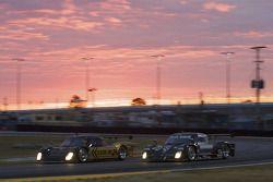 #16 Penske Racing Porsche Riley: Timo Bernhard, Ryan Briscoe, Romain Dumas, #55 Level 5 Motorsports