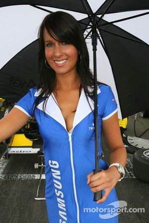 A lovely Samsung grid girl