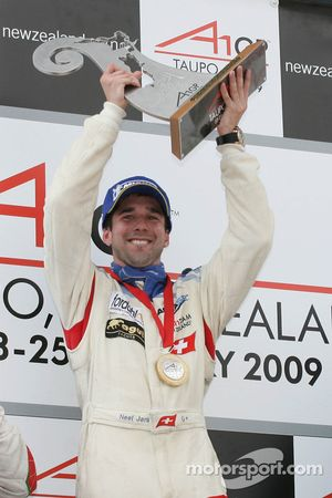 Podium: winner Neel Jani