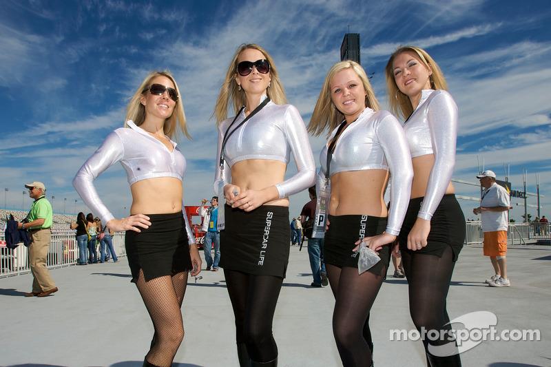 The lovely Supercar Life girls