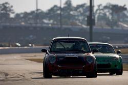 #197 RSR Motorsports Mini Cooper S: Randy Smalley, Joe Toussaint