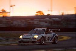 #35 Orbit Racing Porsche GT3: Lawson Aschenbach, Hiram Cruz, Omar Rodriguez, Milo Valverde, Lance Wi