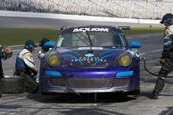 Pit stop for #68 TRG Porsche GT3: Josemanuel Gutierrez, Steve Miller, Chris Pallis