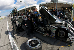 Pit stop for #2 Childress-Howard Motorsports Pontiac Crawford: Rob Finlay, Casey Mears, Danica Patrick, Andy Wallace