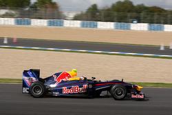 Sebastian Vettel teste la nouvelle Red Bull RB5