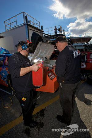 Cope/Keller Racing Dodge crew members at work