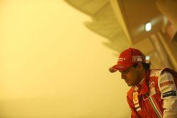 Felipe Massa, Scuderia Ferrari, sandstorm during the test session