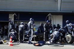 Nico Rosberg, WilliamsF1 Team, FW31, practices pitstop