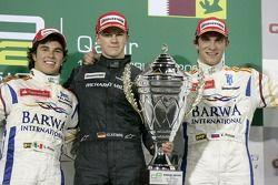 Podium: le vainqueur Nico Hulkenberg, en seconde place Sergio Perez, en troisième place Vitaly Petro