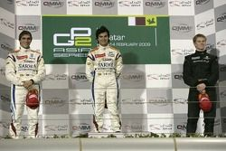 Podium: gagnant Sergio Perez, seconde place Vitaly Petrov, troisième place Nico Hulkenberg