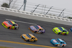 Jeff Gordon, Hendrick Motorsports Chevrolet, Matt Kenseth, Roush Fenway Racing Ford, Jamie McMurray, Roush Fenway Racing Ford, A.J. Allmendinger, Richard Petty Motorsports Dodge, Mark Martin, Hendrick Motorsports Chevrolet