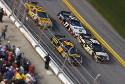 Ryan Newman, Stewart-Haas Racing Chevrolet, Elliott Sadler, Richard Petty Motorsports Dodge, Sam Hornish Jr., Penske Racing Dodge, Matt Kenseth, Roush Fenway Racing Ford
