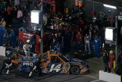 Rick Crawford ramené au garage