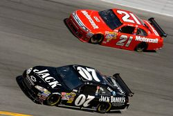 Casey Mears, Richard Childress Racing Chevrolet, Bill Elliott, Wood Brothers Racing Ford