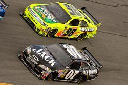 Casey Mears, Richard Childress Racing Chevrolet, Paul Menard, Yates Racing Ford