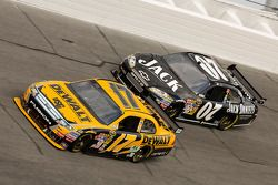 Matt Kenseth, Roush Fenway Racing Ford, Casey Mears, Richard Childress Racing Chevrolet