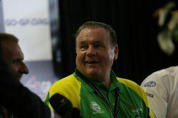 Alan Jones, Seat Holder of A1 Team Australia press conference