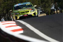 #23 GSK Group, Holden VE-HSV: Steve Briffa, Marcus Zukanovic, Tim Sipp