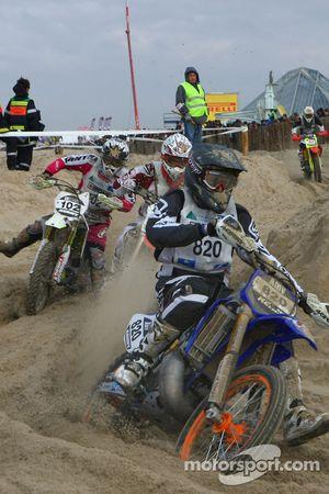 #820 Yamaha 250 2T: Raphael Loridan