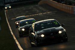 #17 Supercar Club Australia, Ford FG-FPV: Steven Johnson, Nathan Tinkler et Nathan Callaghan