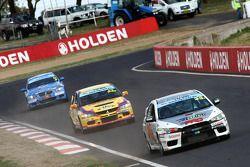 #33 PRO-DUCT Motorsport, Mitsubishi Lancer Evo X: Mark King, Bob Pearson, Bruce Stewart