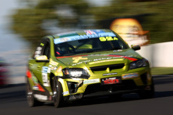 #32 GSK Group, Holden VE-HSV: Gerard Keogh, Bob Brewer, Geoff Emery