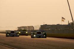 Chris Dyson, Guy Smith, Andy Lally (Lola B09 86 Mazda N°16) et Butch Leitzinger, Marino Franchitti, Ben Devlin (Lola B09 86 Mazda N°20)