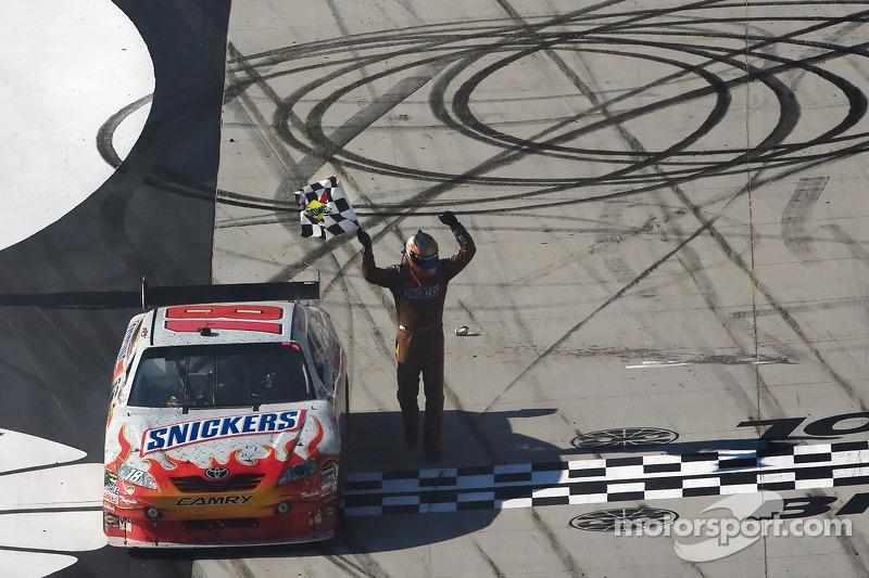 2009, Bristol 1: Kyle Busch (Gibbs-Toyota)