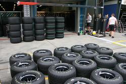 Les pneus Bridgestone sortis du garage McLaren