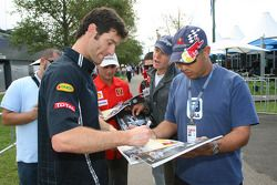 Mark Webber, Red Bull Racing signing autographs