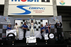 Podium: race winner John Edwards, second place Frédéric Vervisch, third place Jonathan Summerton