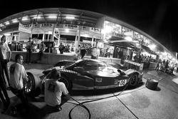 Essai de pit stop pour Stéphane Sarrazin, Franck Montagny et Sébastien Bourdais (Peugeot 908 HDI FAP N°8)