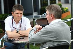 Nick Fry (CEO de BrawnGP) et Ross Brawn (directeur général de Brawn GP)
