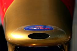 Scuderia Toro Rosso détail de l'aileron avant