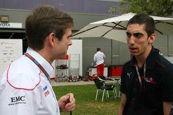 Pascal Vasselon, directeur technique châssis de Toyota Racing avec Sébastien Buemi, Scuderia Toro Ro
