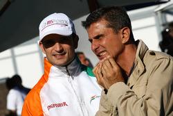 Vitantonio Liuzzi, pilote d'essais chez Force India F1 Team et Enrico Zanarini, manager de pilote