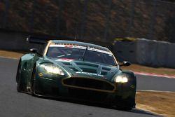 Aston Martin Akasaka DBR9 N°21 (Akihiro Tsuzuki, Takeshi Tsuchiya)